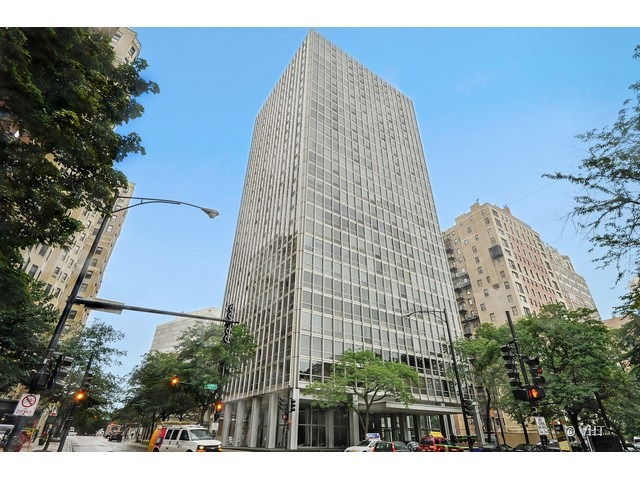 2400 N Lakeview Floor Plans: 2400 North Lakeview Avenue, #1602, Chicago, 60614