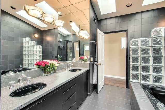 3022 North Seminary Avenue, Chicago, IL, 60657 | The Lowe Group on