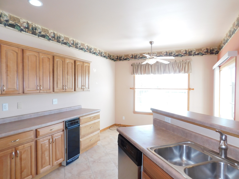 2420 Dustin Drive, Sycamore, IL, 60178 | Prime Real Estate Group, Inc.
