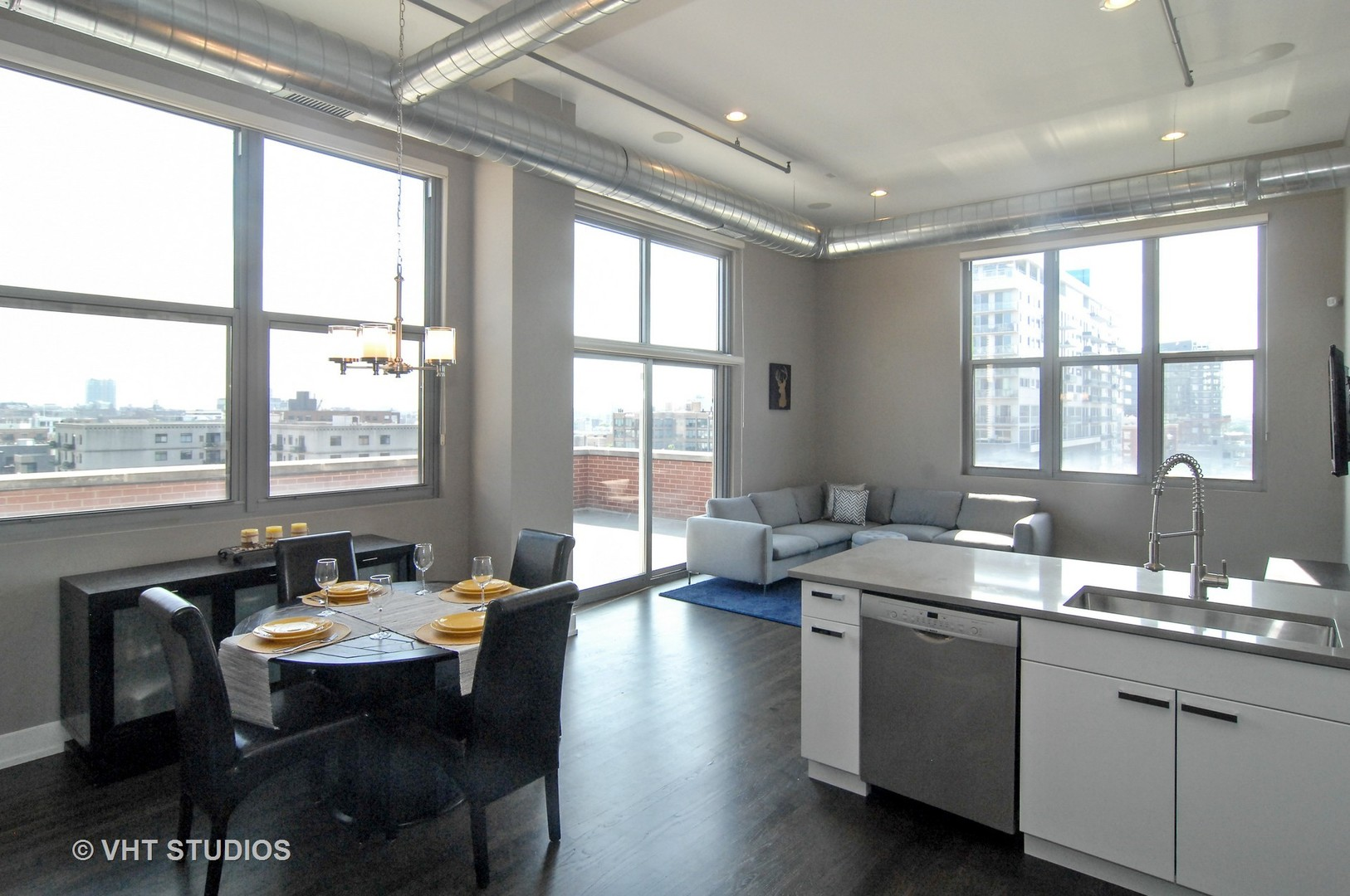 824 West Superior Street 605 Chicago Il 60642 Jproctor Real Estate Properties