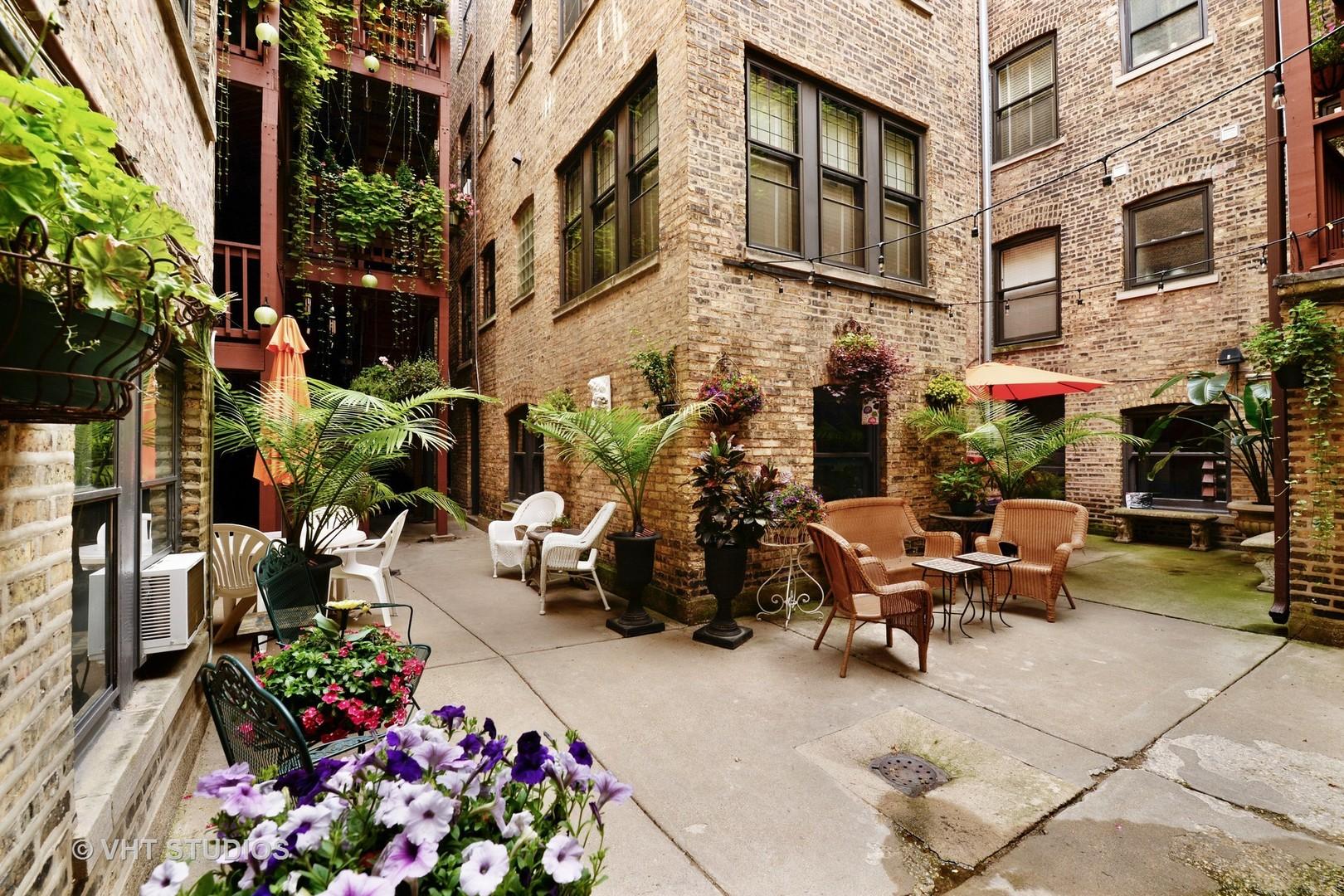 3560 North Pine Grove Avenue, #2, Chicago, IL, 60657 | KRAIN