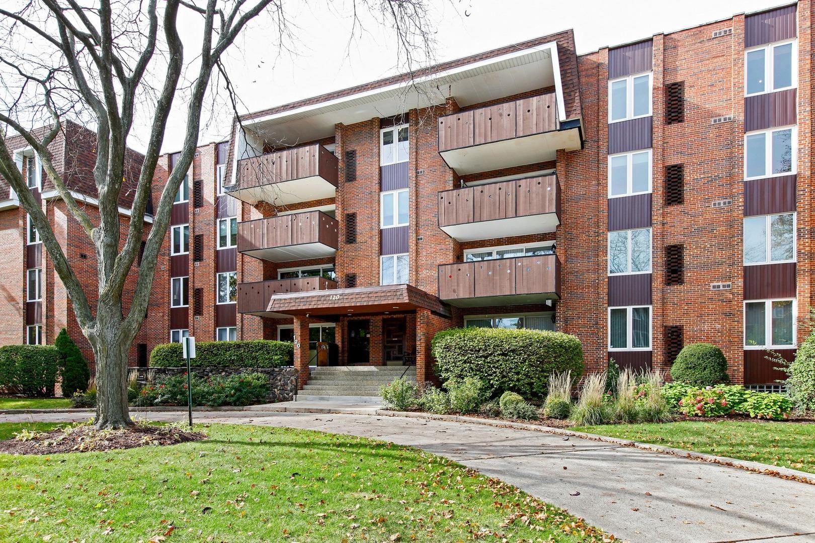120 South Spruce Avenue 408, Wood Dale, IL - USA (photo 1)