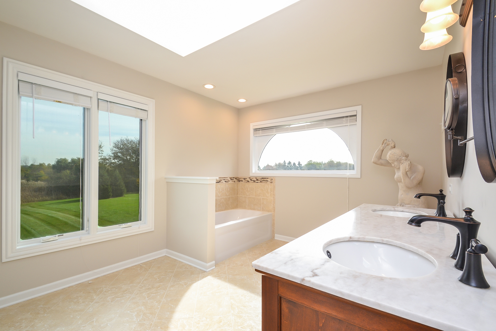 Nice Homes For Sale In Hawthorn Woods Il Photos - Home Decorating ...