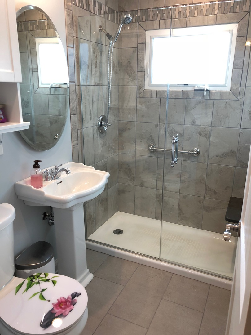 North Fairview Avenue Mount Prospect IL Prime Real - Bathroom remodeling mount prospect il