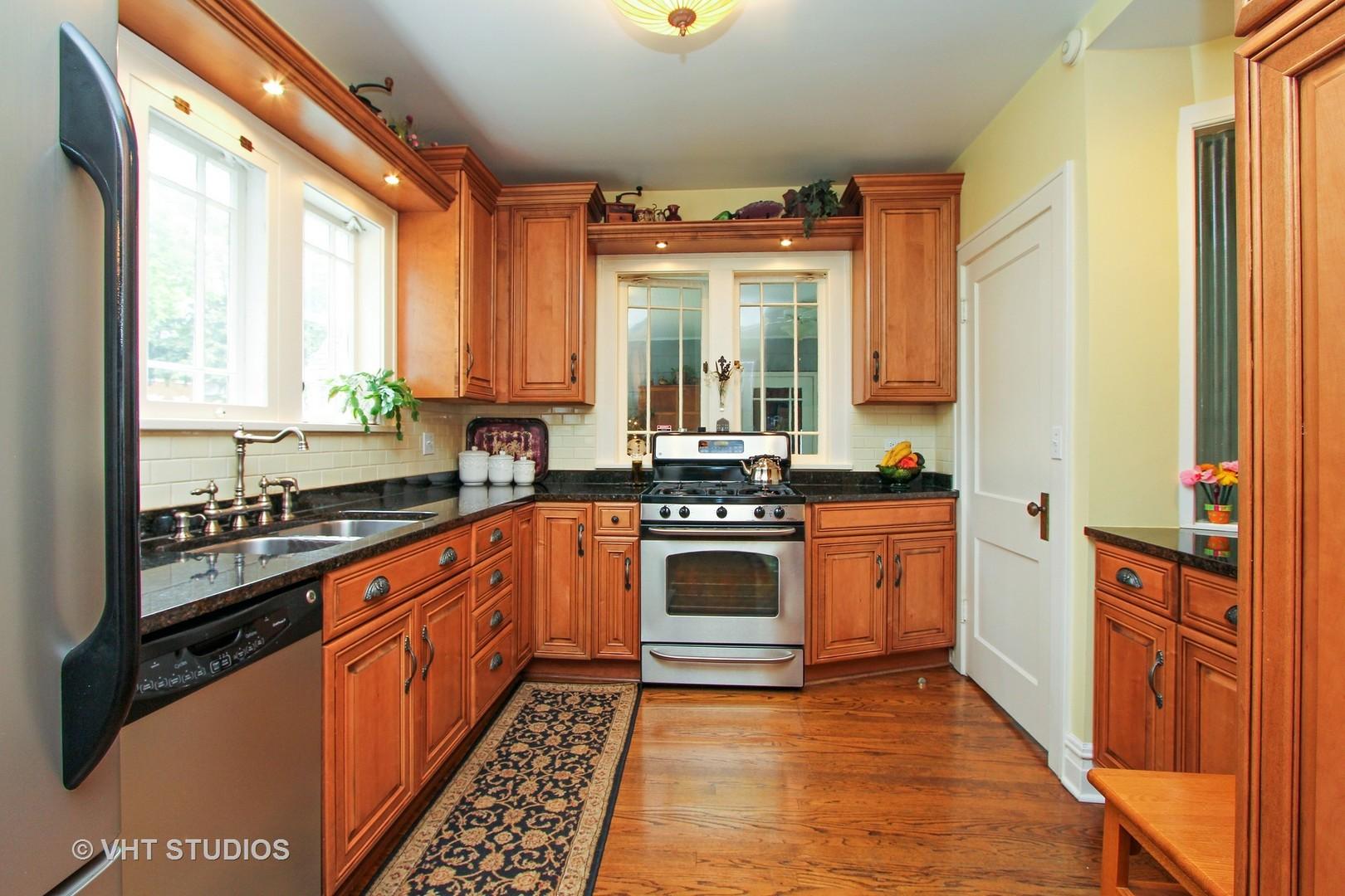 Designing Kitchens Etc Libertyville 16261 W Des Plains Drive Libertyville Il 60048 Hotpads