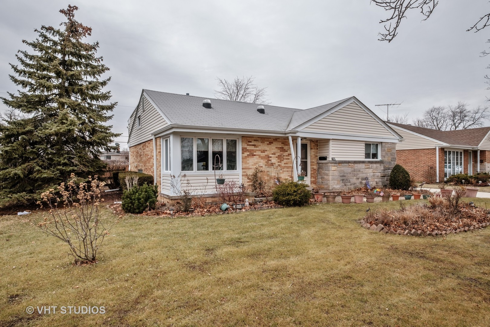 oketo mature singles Sold - 4951 north oketo avenue, harwood heights, il - $308,000 view details, map and photos of this single family property with 4.