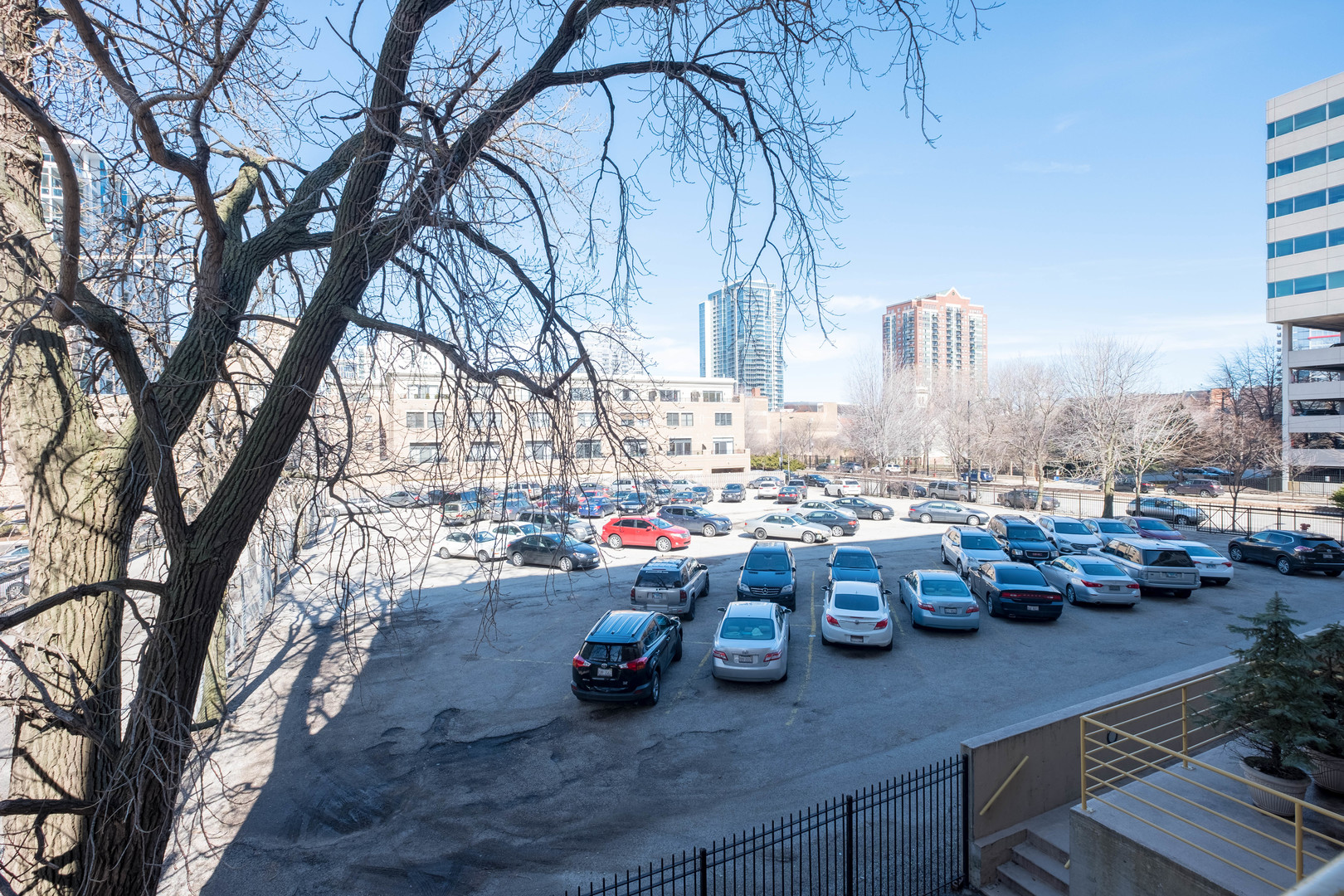 1910 South Indiana Avenue, #226, Chicago, IL, 60616 | The Lowe Group