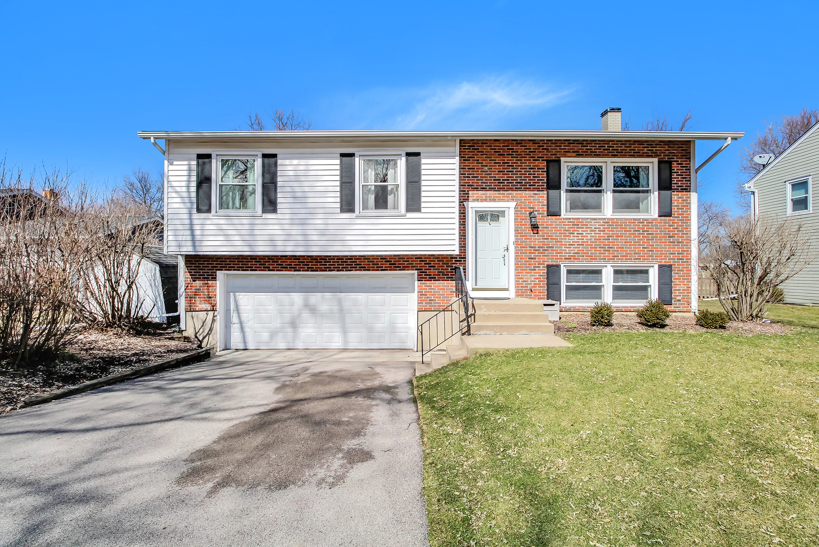 901 Casa Solana Drive, Wheaton, IL - USA (photo 1)