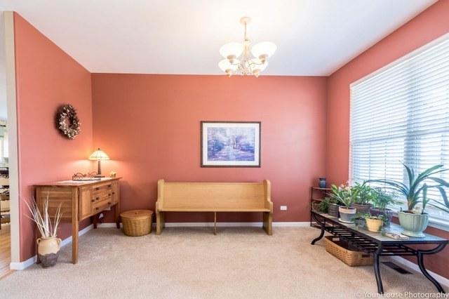 64 Bridlepath Drive, Lindenhurst, IL, 60046 | Prime Real Estate ...