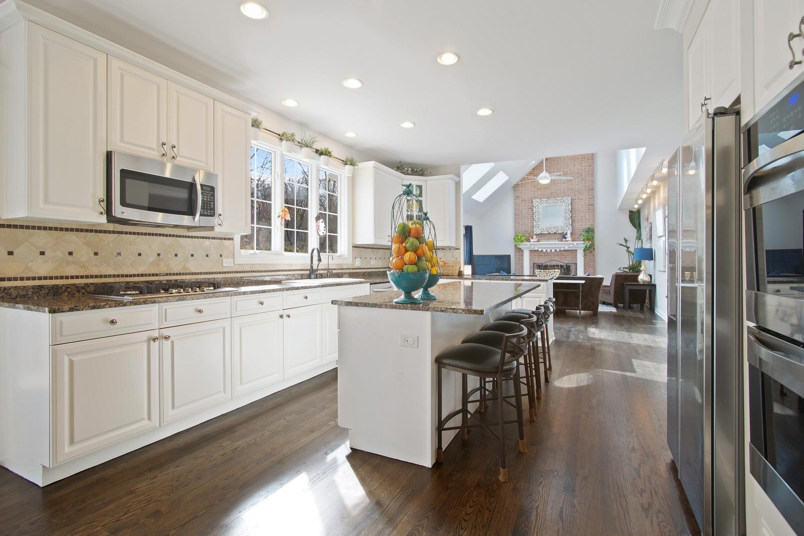 60 East Surrey Lane, Barrington, IL, 60010 | Prime Real Estate Group ...