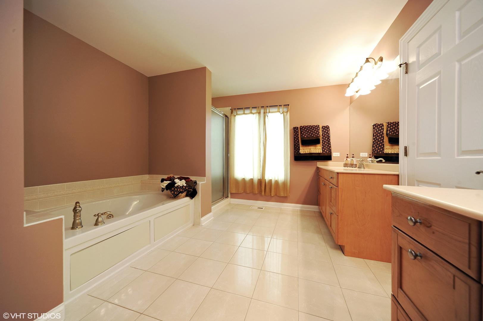 Kitchen Cabinets Vernon Hills