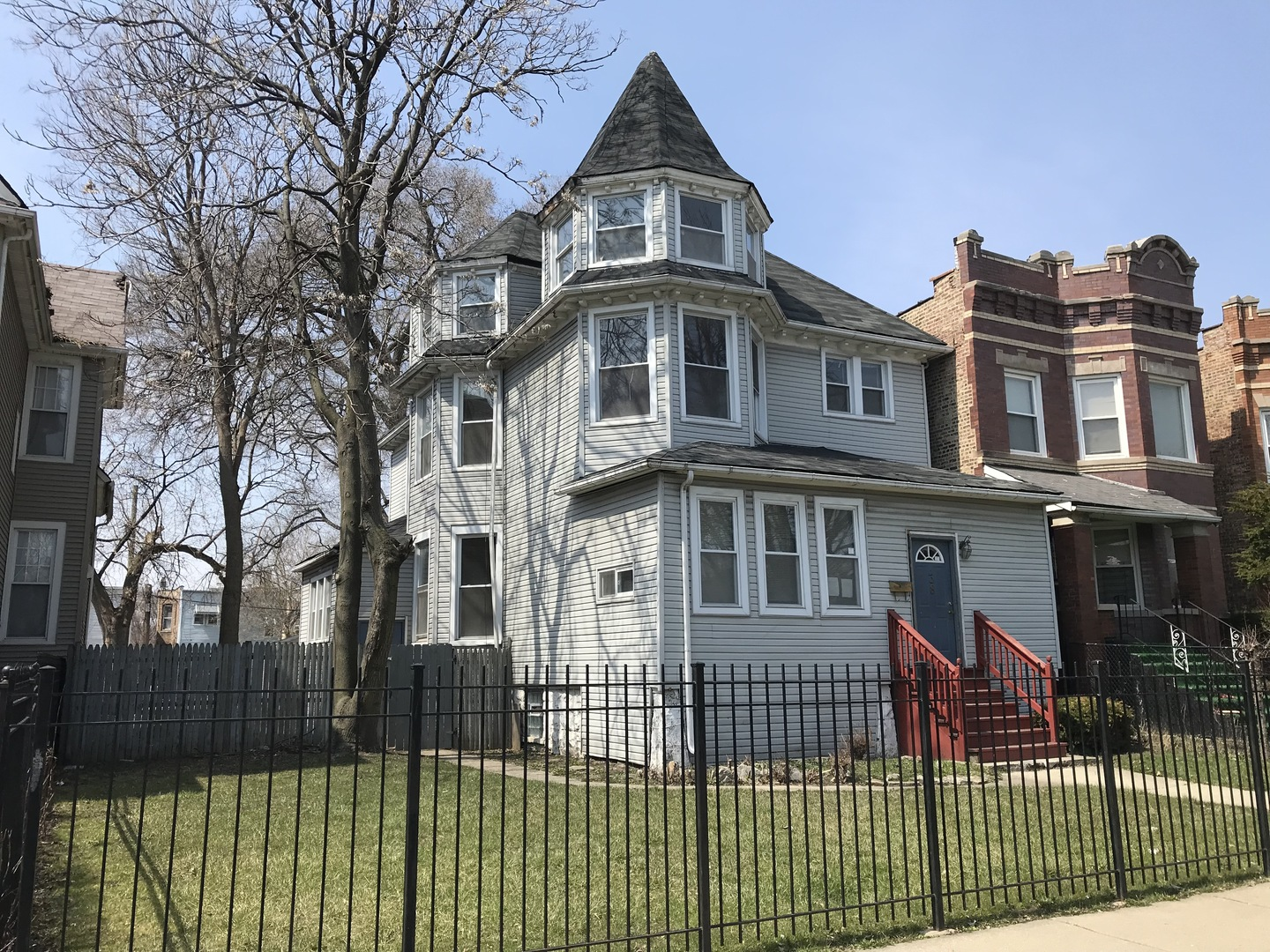 38 N Parkside Avenue Chicago Il 60644 Hunter S Realty Inc