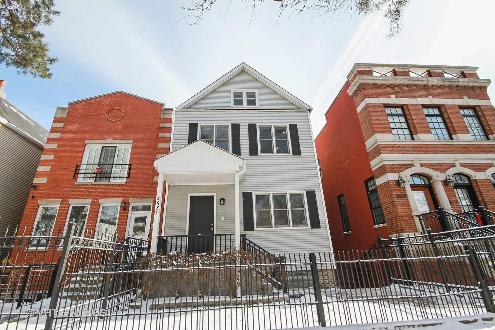 2637 North Marshfield Avenue, #2, Chicago, IL 60614