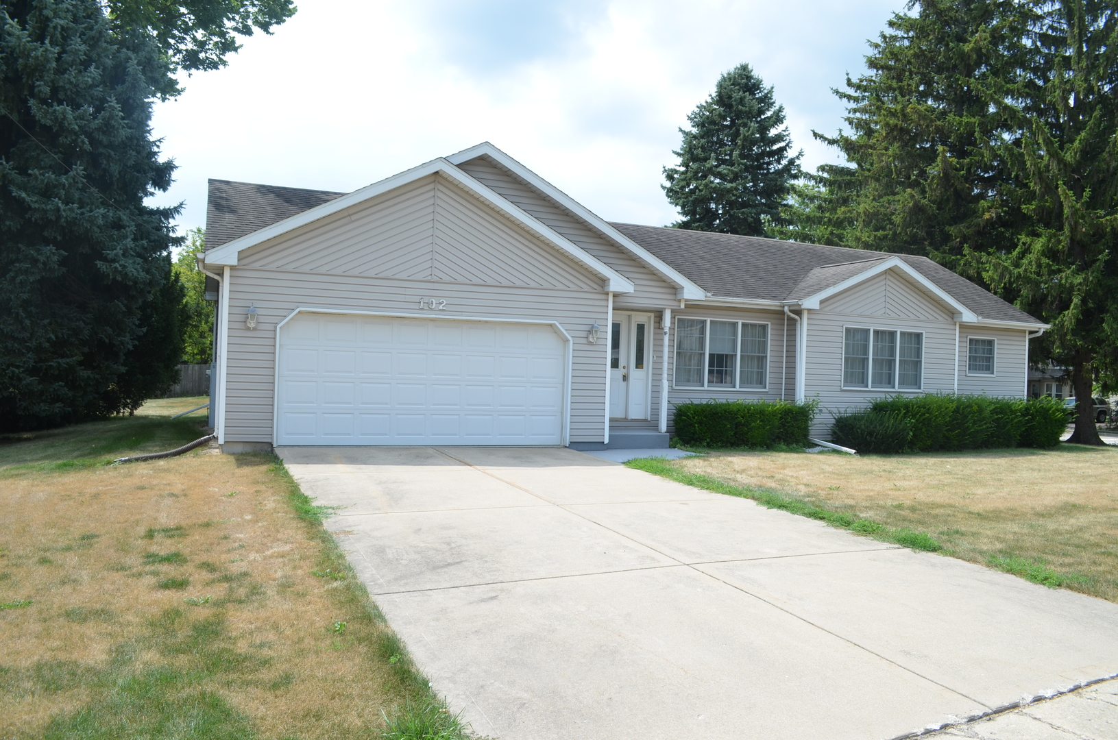 chisago city middle eastern singles For sale: 3 bed, 1 bath ∙ 1152 sq ft ∙ 35530 park trl, chisago lake twp, mn 55012 ∙ $100,000 ∙ mls# 4866007 ∙ handyman special great lot, home needs a lot of updating throughout.