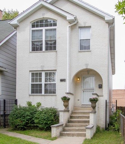 A Must See!  This 2-story home is just what you've been looking for. Beautiful 4 bedroom, 3 baths ho