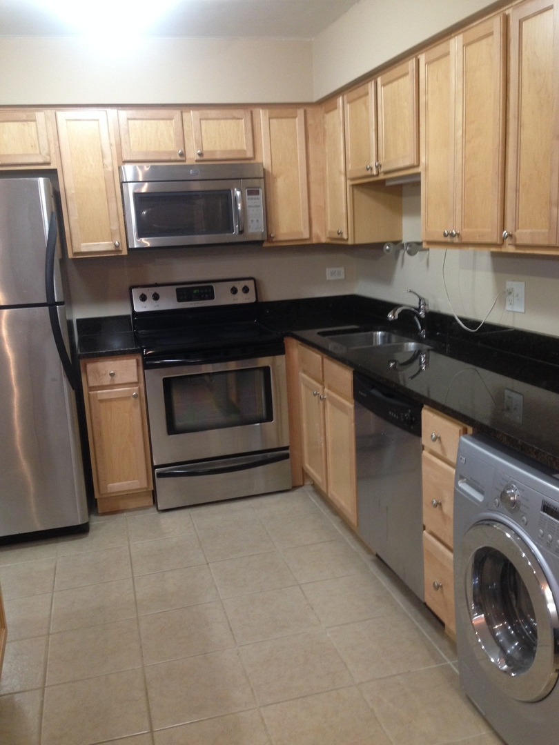 kitchen cabinets 60172 580 lawrence avenue 107 roselle il 60172 10139738 19943