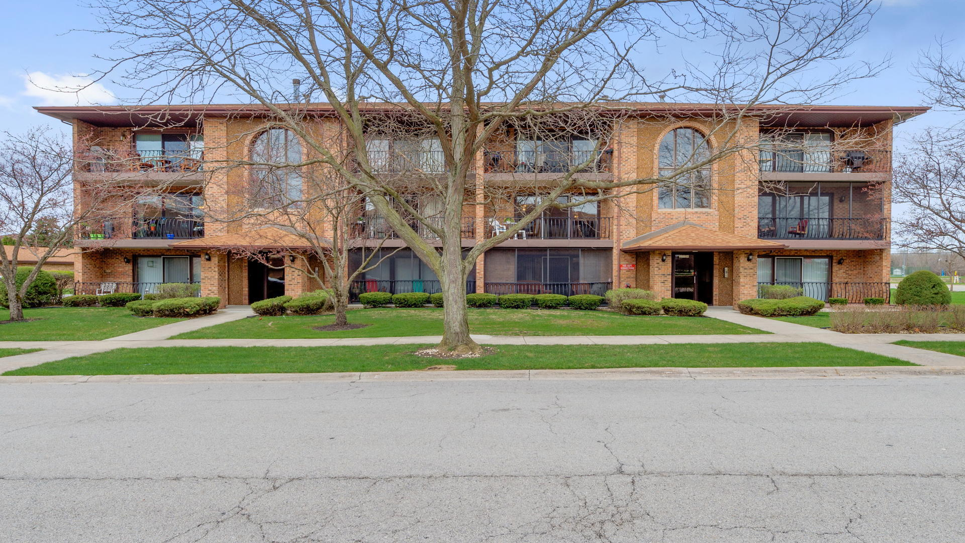 Property for sale at PALOS HILLS,  Il 60465