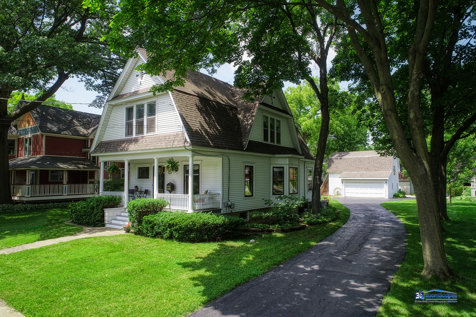 32 Oak Avenue, Grayslake IL 60030