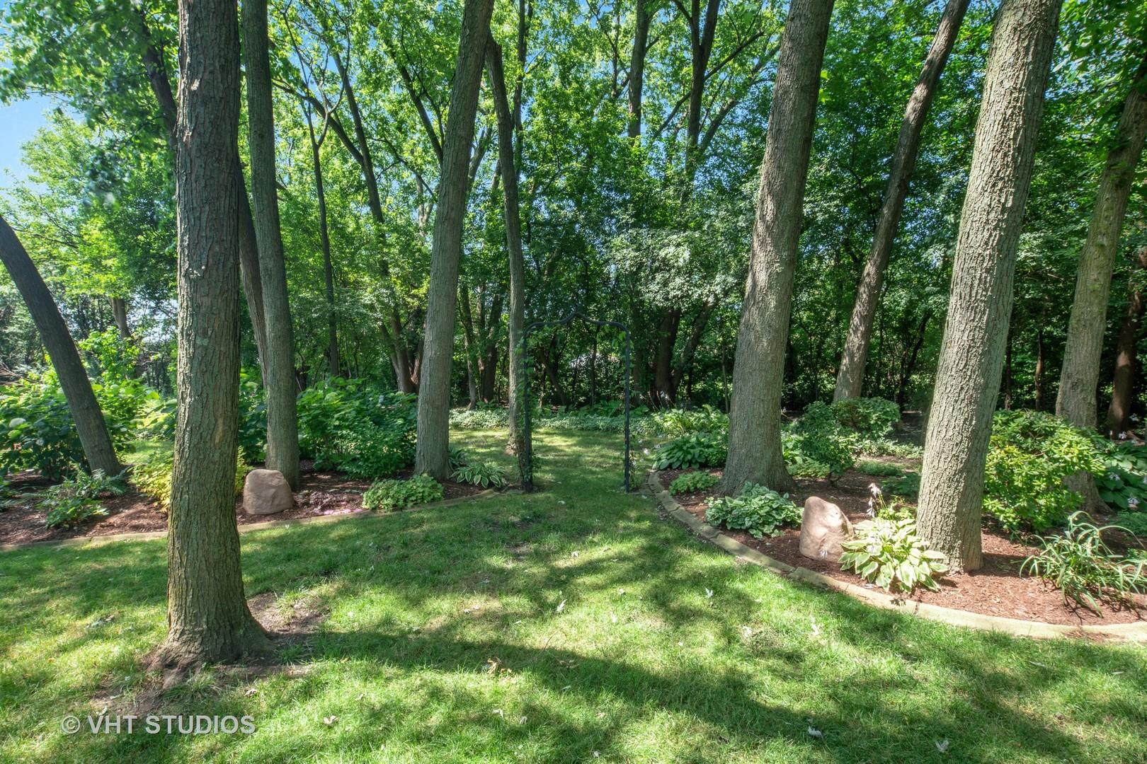 1510 S Euclid Ave, Villa Park, IL 60181