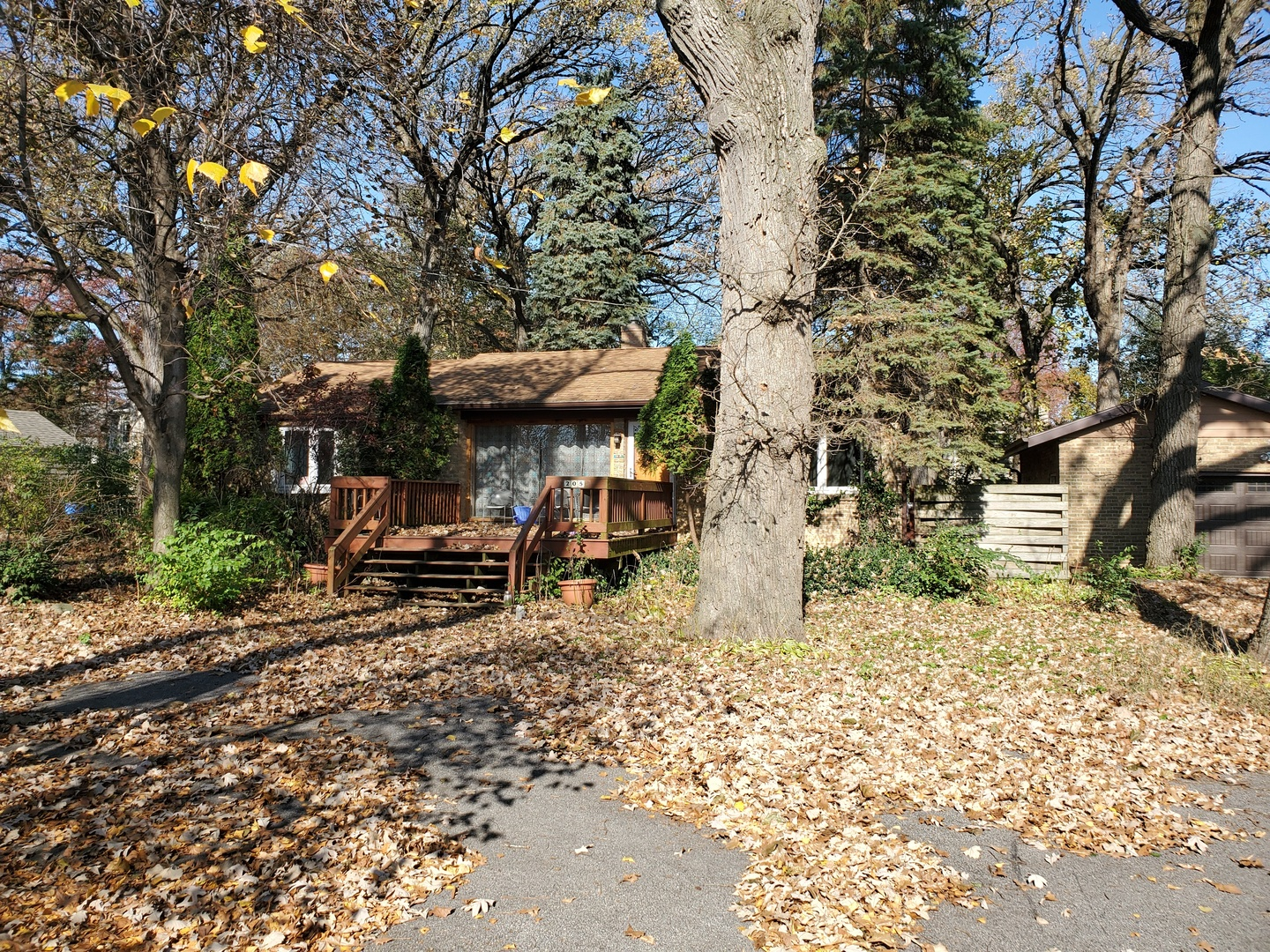 205 W Hawthorne Lane, West Chicago IL 60185