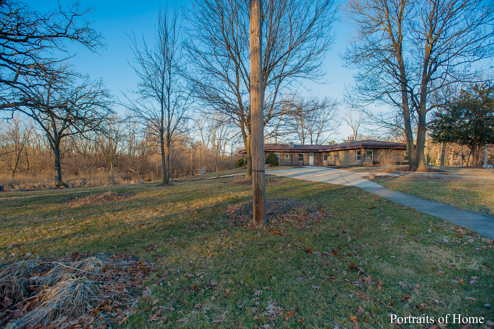 3N770 Wood Dale Rd, Addison, IL 60101