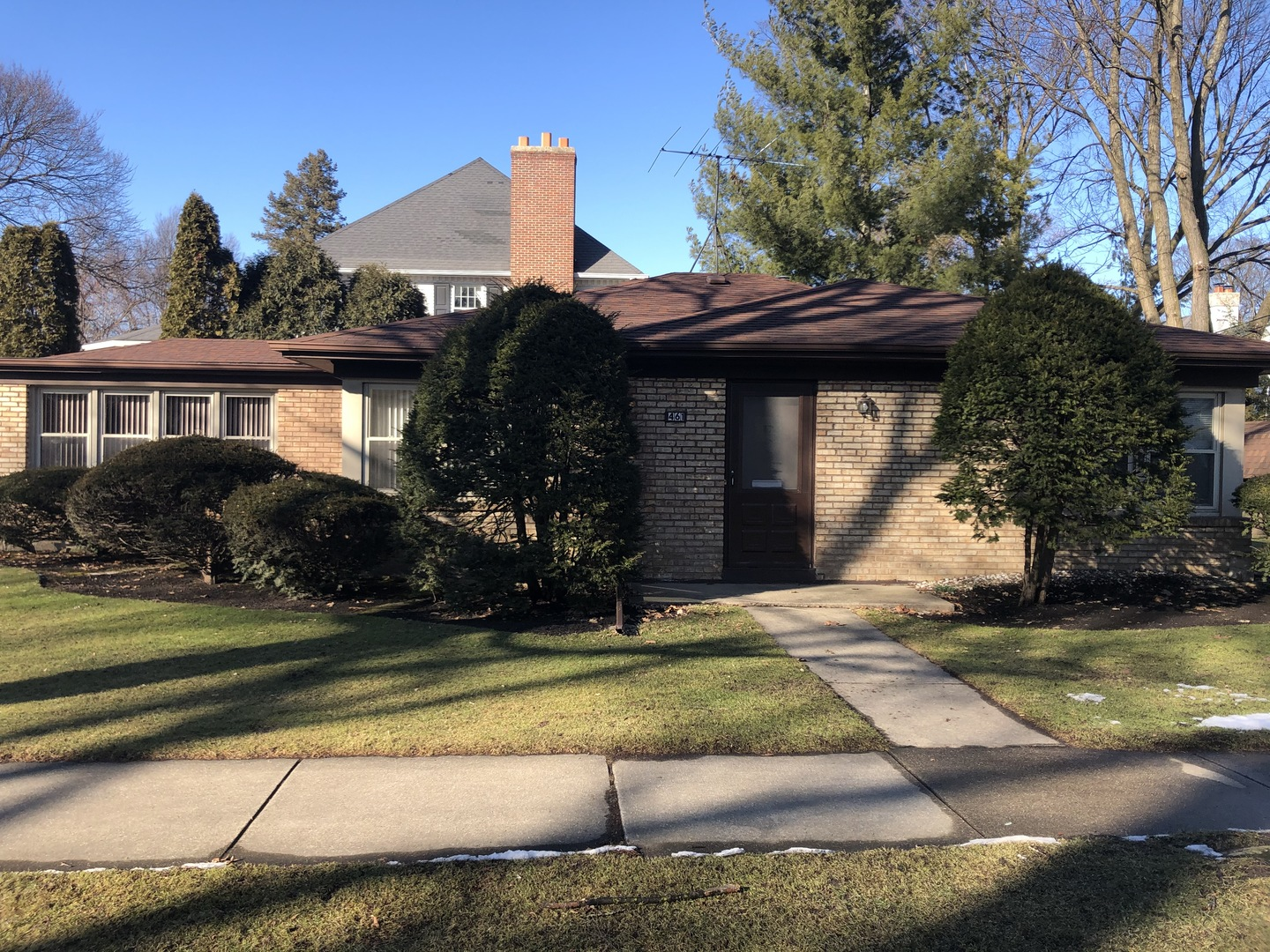 """TEAR DOWN OR REHAB PROPERTY  ~ GREAT LOCATION IN COLLEGE VIEW NEIGHBORHOOD NEAR YORK HS, ELMHURST COLLEGE, LIBRARY & TRAIN/DOWNTOWN ELMHURST.  NICE CORNER LOT - HOUSE NEEDS UPDATING THROUGHOUT - ROOF APPROX. 10 YRS., VINYL WINDOWS - BRICK EXTERIOR.  LARGE LIVING /DINING ROOM, FAMILY RM, LARGE KITCHEN PANTRY, ATTACHED 1 CAR GARAGE.  HOUSE BEING SOLD """"AS-IS""""."""