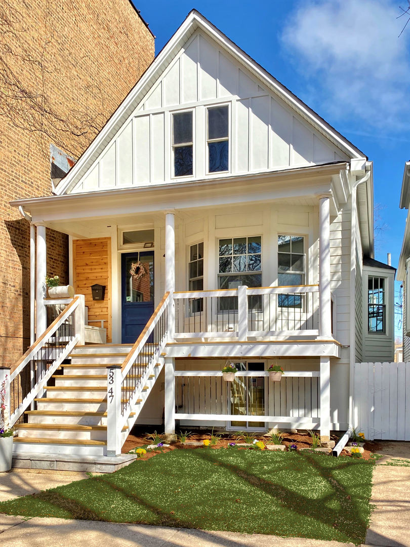 WATCH OUR 3D VIRTUAL TOUR!  ANDERSONVILLE CHARMING OPEN CONCEPT, COMPLETELY RENOVATED SINGLE FAMILY